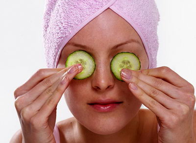 Маски от морщин вокруг глаз придадут коже упругость и здоровый цвет