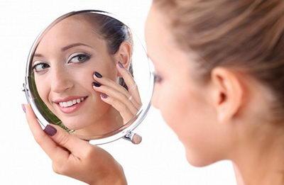 Как избавиться от морщин вокруг глаз в салоне и домашних условиях?