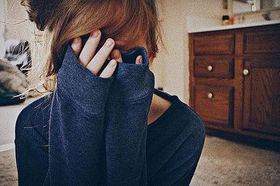 Аллергический отек глаз: причины, симптомы, лечение