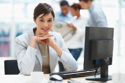 Работа за компьютером приводит к усталости и перенапряжению зрения
