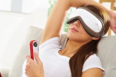 Массажер для глаз снимет напряжение и усталость