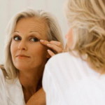 Уход за кожей вокруг глаз после 40 лет – уроки красоты