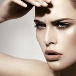 Как бороться с морщинами под глазами и признаками старения кожи?