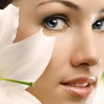 Маски для кожи вокруг глаз действуют деликатно и наверняка