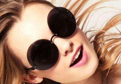 Солнцезащитные модные очки тишейды