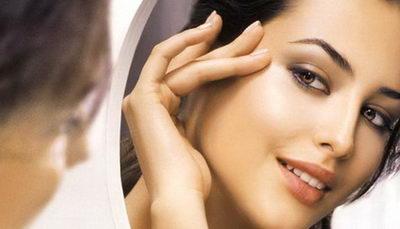 Уход за кожей вокруг глаз: очищение, увлажнение, тонизирование
