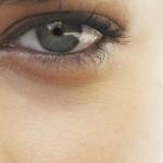 Как убрать темные круги под глазами, какие средства хороши?