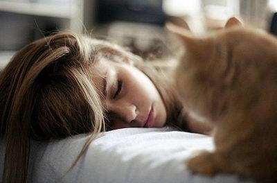 Как убрать мешки под глазами утром: советы, народные средства