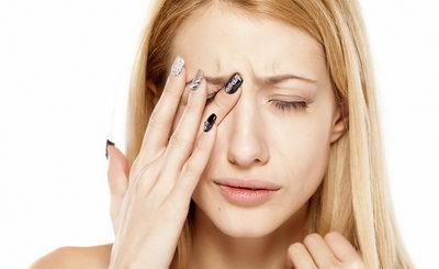 Боль в глазах: причины, лечение