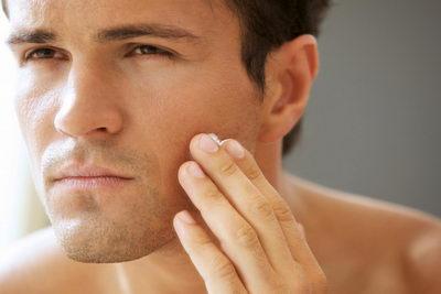 Уход за кожей лица мужчин утром: средства, рекомендации по выбору