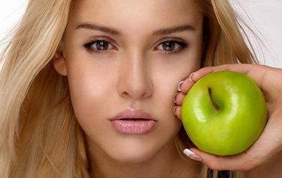 В чем секрет яблочных масок для лица?