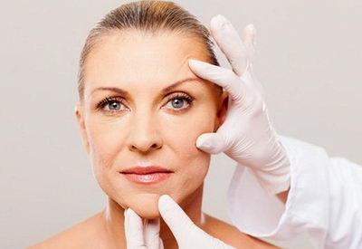 Лучшие косметические процедуры для лица после 40 лет