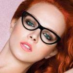 Очки «кошачий глаз» — самый женственный вид очков