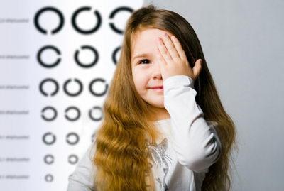 Норма зрения у детей: как узнать отклонения?