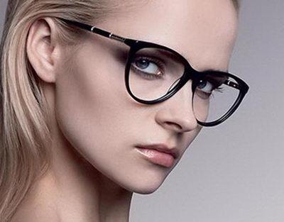Модные женские очки для зрения: виды и материал оправ