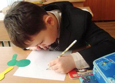 Почему появляется близорукость у школьников?