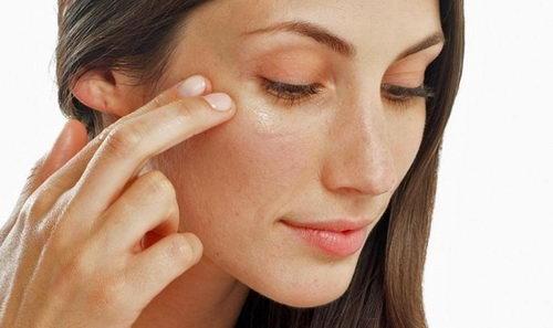Какая сыворотка для кожи вокруг глаз лучше?